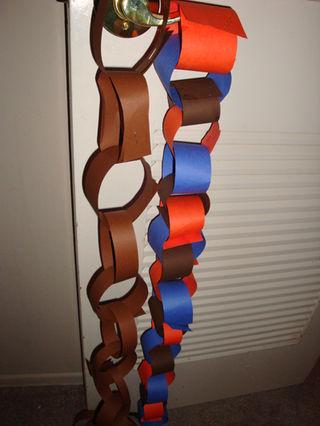 Paper_chain_400